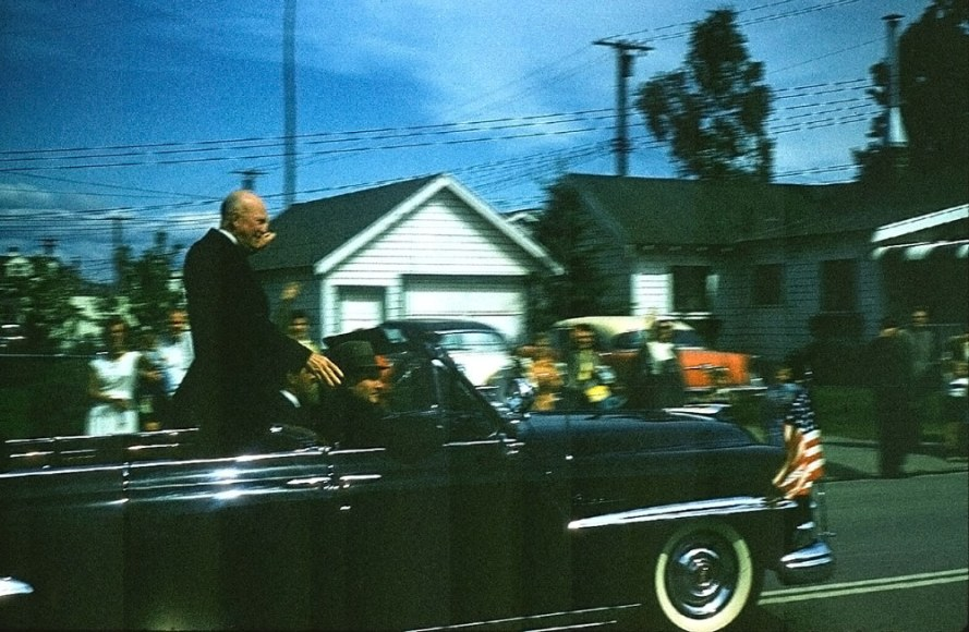 Dwight D. Eisenhower visits in Anchorage in 1960.  Born: October 14, 1890, Denison, TX Died: March 28, 1969, Washington, D.C. Vice president: Richard Nixon (1953–1961) Presidential term: January 20, 1953 – January 20, 1961