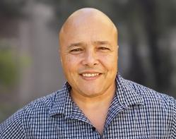 Picture of Eliot Cruz